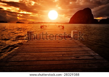 Sunset Jetty into the Sunset