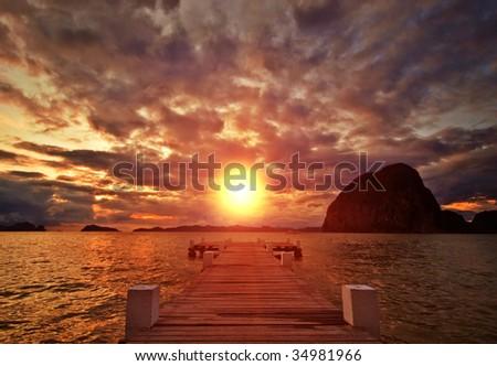 Sunset Jetty on Paradise Island