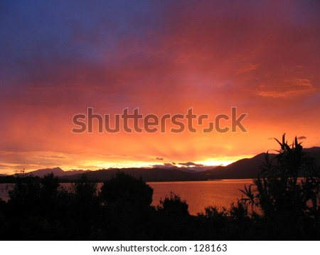 Sunset, Lake Te Anau, New Zealand