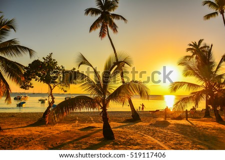 sunset on the beach of Caribbean sea, Dominican Republic   Foto stock ©