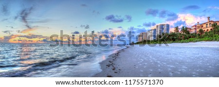 Sunset over the ocean at Vanderbilt Beach in Naples, Florida Stock fotó ©