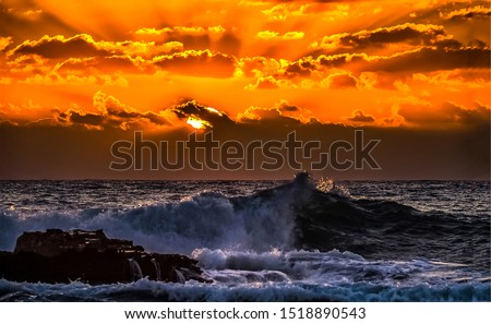 Sunset sea waves sky clouds landscape. Sunset sea horizon view. Sunset sea waves crashing. Sunset sea waves splashing