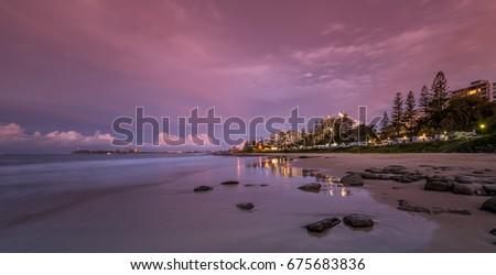 SUNSHINE COAST SUNDOWN AT MOOLOOLABA #675683836