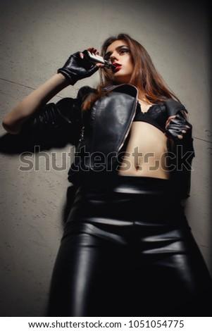 dfceb445a07359 Super bright high elastic Women's patent leather leggings, lead dancer  costumes. Sexy brunette female