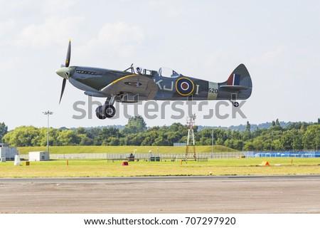 Supermarine Spitfire, Farnborough International Airshow, Farnborough Airport, Rushmoor, Hampshire, England