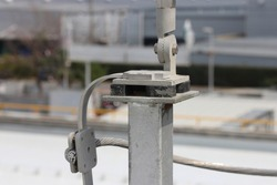 Support for lightning protection Installed on a steel pole,Install a Faraday lightning system Covering the whole building with ground system