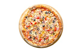 Supreme  Pizza, top view. Pizza sauce, mozzarella, chicken breast, bacon, ham, bell pepper, red onion, tomatoes, mushrooms, olives. Traditional pastry