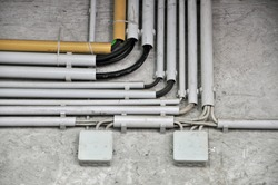 Surface-mounted electrical wiring in cable ducts with Distribution boxes