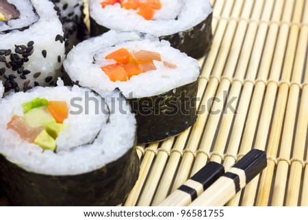 sushi on the mat