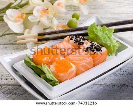 sushi sakura maki