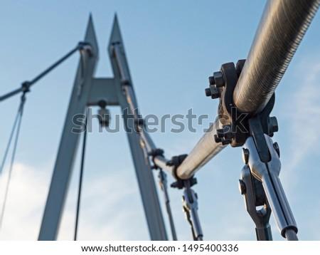 Suspension bridge detail, Detail einer Hängebrücke