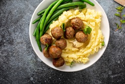 Swedish meatballs with mashed potatoes and green beans