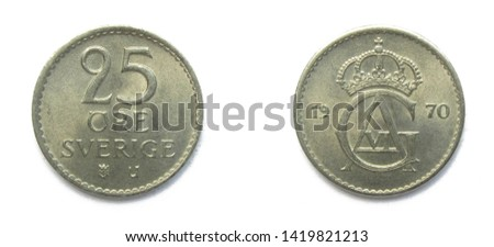 Swedish 25 Ore 1970 year coin. Coin shows a monogram of Swedish king Gustaf Adolf VI and Coat of arms of Sweden on the obverse.