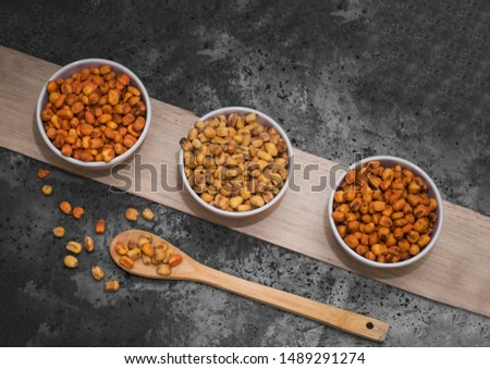SWEET AND SPICY COATED GROUNDNUTS (PEANUTS)