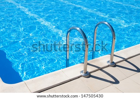 Swimming pool | Blue spa swimming pool with clean water