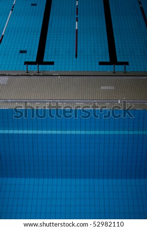 swimming pool from diving board
