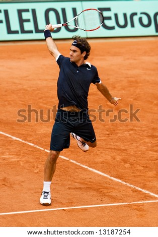 Switzerland?s top ranked tennis player Roger Federer during the match at Roland Garros (French Open). Paris, May 2008.