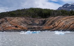 Synclinal fold near the lake where the iceberg floats. Argentina. Patagonia.