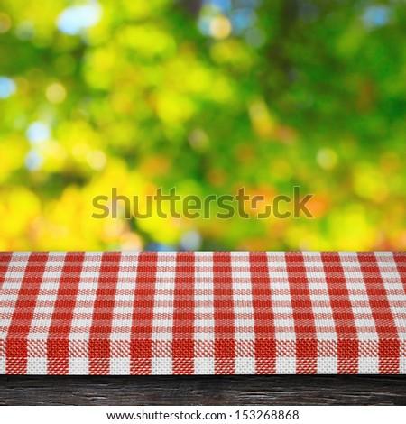 Table cloth and autumn background Stok fotoğraf ©
