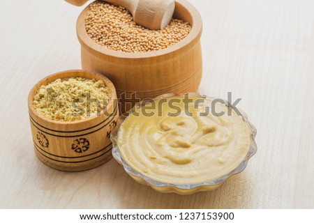 Table mustard, ground mustard and mustard seeds, used in cooking #1237153900