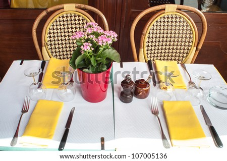 Table set of a french restaurant