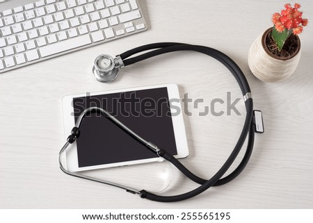 Tablet touch pad computer is in the doctor office