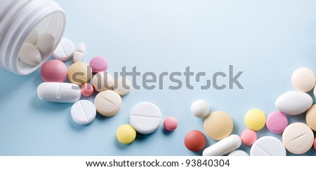 Tablets with capsules.