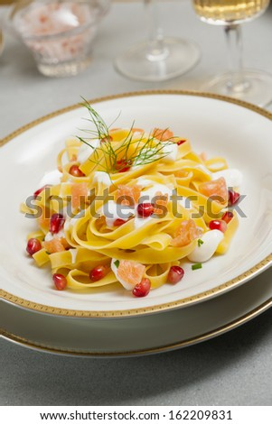 tagliatelle pasta with salmon