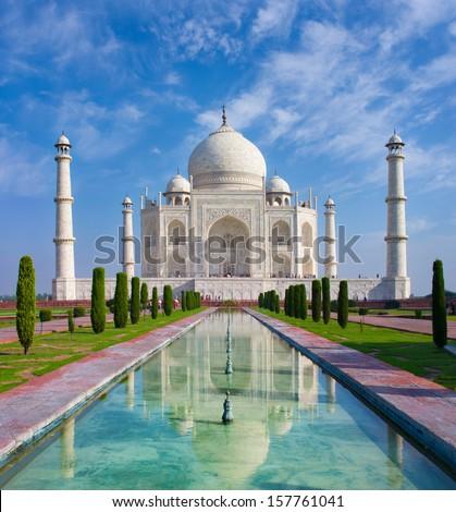 Taj Mahal in Agra, Uttar Pradesh, India  ストックフォト ©