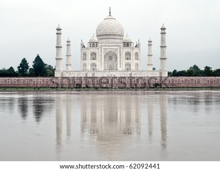 Taj Mahal mausoleum in Agra, India, in white early morning light