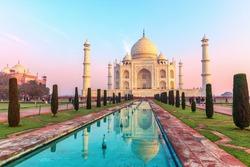 Taj Mahal Mausoleum, India, Uttar Pradesh, Agra
