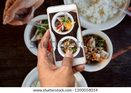 Taking food photography with smartphone