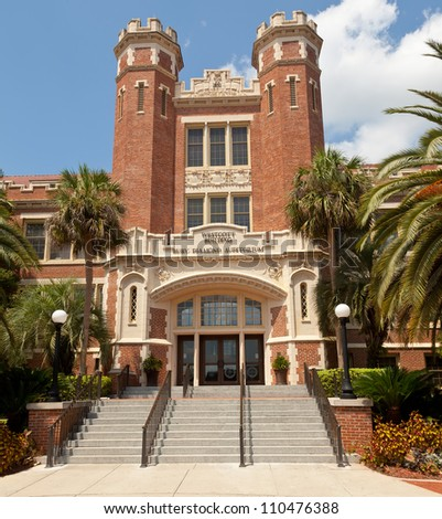 TALLAHASSEE, FLA - AUG. 12:  The Westcott Building on the campus of FSU. The building is a historic site where tradition rules that graduates have their picture taken in Tallahassee on Aug. 12, 2012.