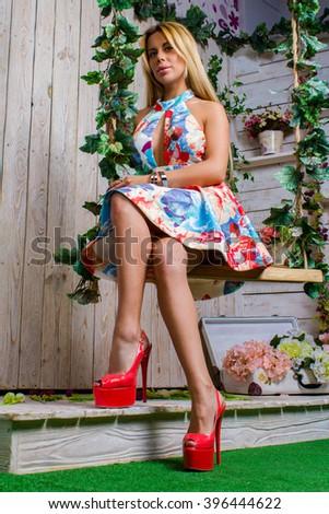 Hot babes in heels pics
