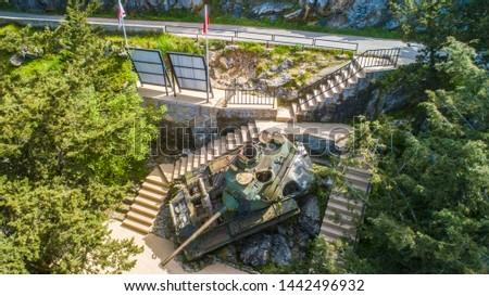 tank on five fingers mountains Stok fotoğraf ©