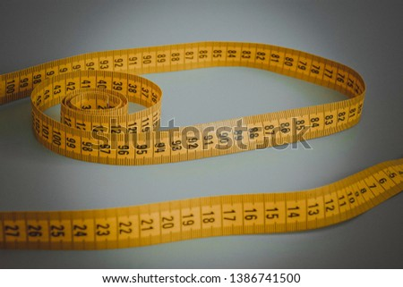 tape centimeter to measure your waist