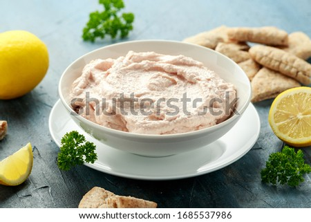 Taramasalata dip made with fish roe in white bowl Stok fotoğraf ©