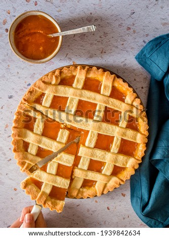 Tart with apricot jam for the weekend breakfast Photo stock ©