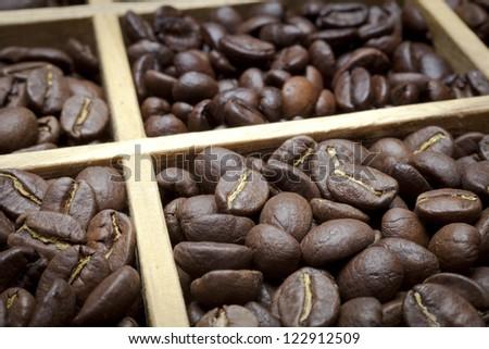 tasting coffee. Arabica Coffee, Brazilian Coffee, Coffee Kenya, Colombian Coffee, roasted coffee, Costa Rica Coffee, Ethiopian coffee, Coffee of Jamaica, Indonesian Coffee,