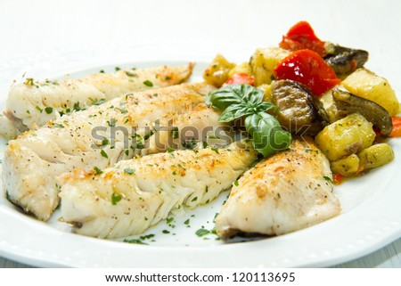 Tasty healthy fish fillet with vegetables