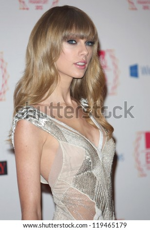 Taylor Swift arriving for the The MTV EMA's 2012 held at Festhalle, Frankfurt, Germany. 11/11/2012 Picture by: Henry Harris