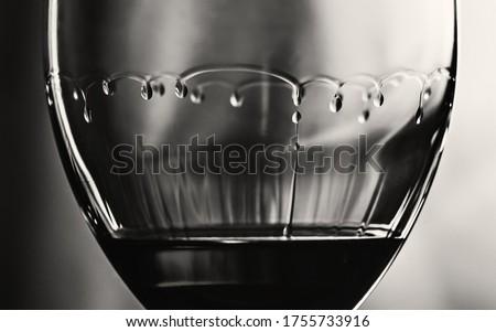 Tears in a wine glass Foto stock ©