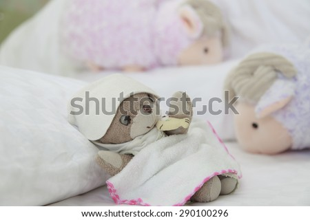 Teddy bear have sweet dream with counting sheep