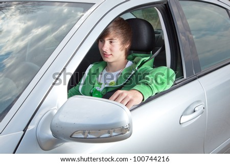 Teenager comes up with the driving