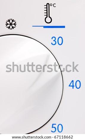 Temperature button on a washing machine