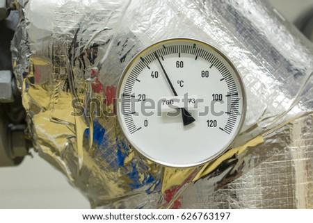 Temperature indicator circular circular. #626763197