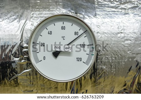 Temperature indicator circular circular. #626763209