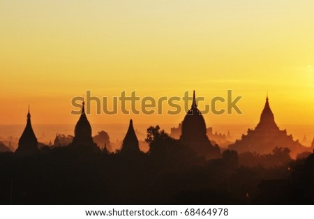 Temples of Bagan in early morning sunshine