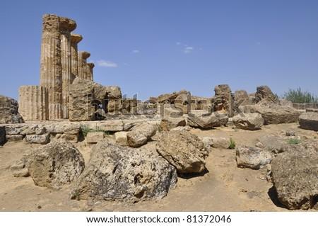 Templo en la isla de Sicilia, Italia