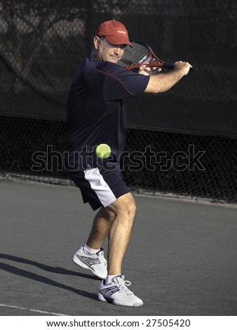 how to hit a better backhand in tennis